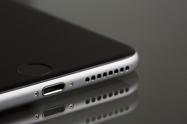 smartphone à moins de 300 euros